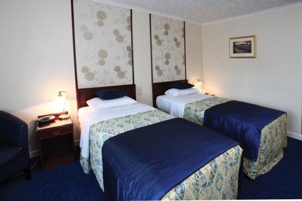 Spa Hotel Room - Heronston Hotel