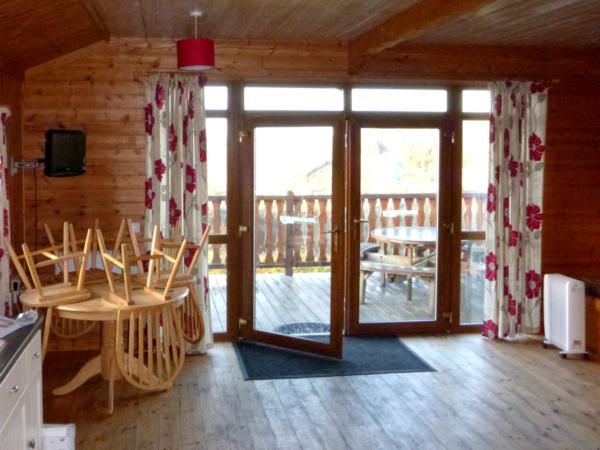 Log Cabin Stag Weekends In Wales